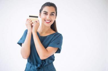 Tarjetas de débito vencidas podrán usarse hasta el 30 de abril, anuncia Banco de la Nación