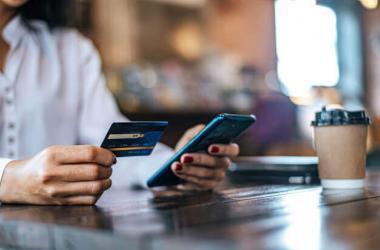 Conoce las diferencias entre reprogramar y refinanciar deudas