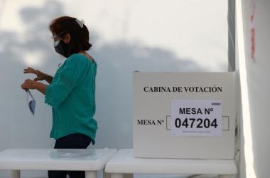 Elecciones 2021: Reportan largas colas y demoras en instalación de mesas de sufragio