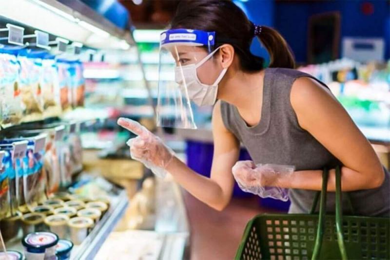 Desde este lunes 19 usar protector facial será obligatorio en mercados y centros comerciales