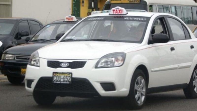 ¿Vas a brindar el servicio de taxi o utilizarlo? Sigue estas recomendaciones para no contagiarte del Covid-19