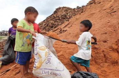 Cuatro de cada 10 niños y adolescentes son pobres debido a la pandemia
