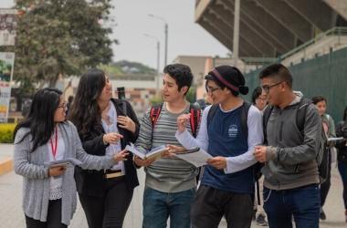 Lanzarán más de 14 000 becas de educación superior para peruanos de escasos recursos, ¿Cuáles son?