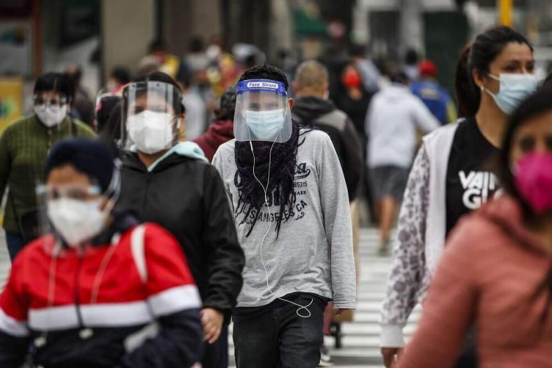 Clase media en el Perú cae de 46% a 34% por la pandemia