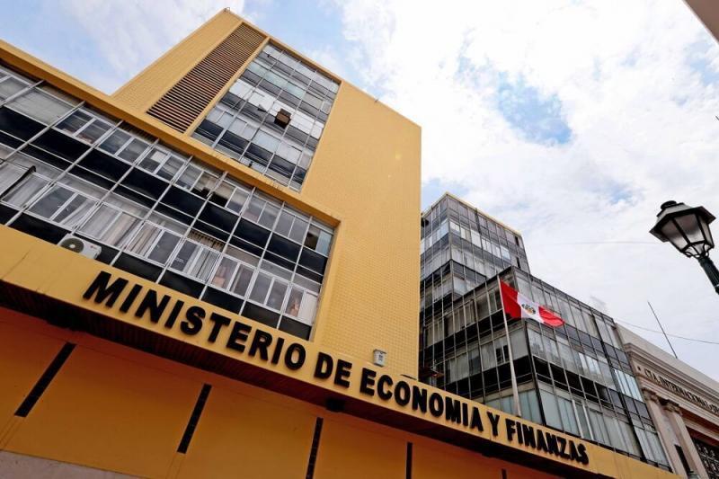 Emiten decreto para financiar emergencia sanitaria y dinamización de economía
