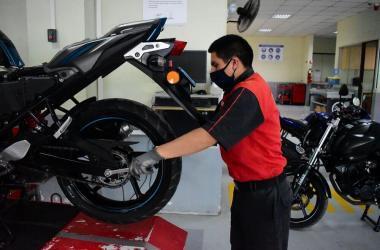 ¿Qué cuidados debes tener al momento de viajar en una moto?