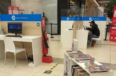 Centro comercial ofrece espacios educativos seguros para la conexión virtual de niños y jóvenes
