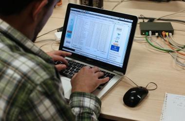Aprueban proyecto que promueve transparencia y protección de datos personales