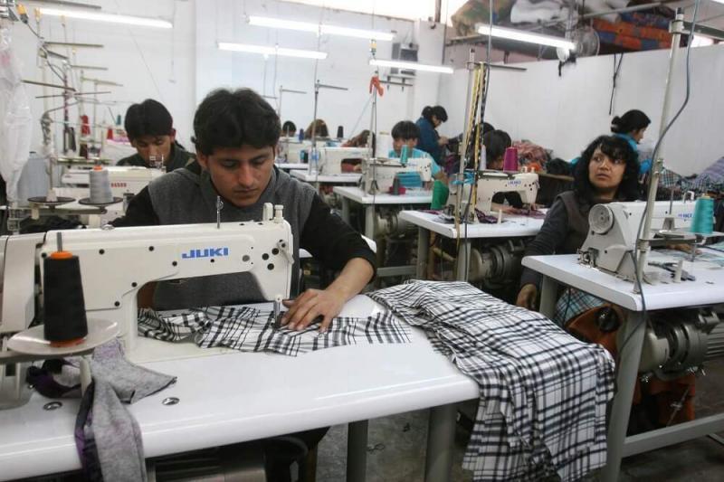 SNI: Formalización de empresas debe estar ligada al registro de marcas