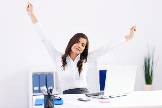 Pausas activas: ¿Qué son y cómo pueden ayudar a tu salud y productividad?