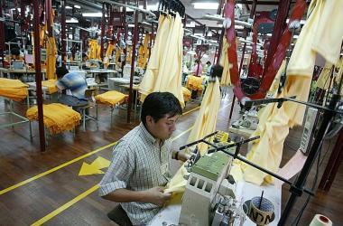 """Exportaciones textiles del Perú logran """"notable recuperación"""", según Mincetur"""
