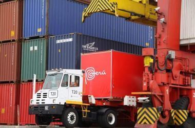 Más de 5 mil empresas exportaron entre enero y abril de este año