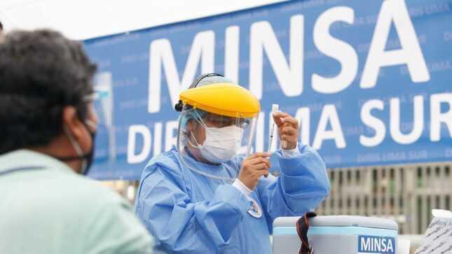 Covid-19: transfieren S/ 33 millones al Ministerio de Salud para comprar vacunas