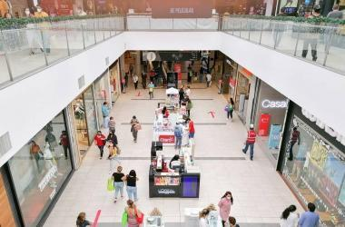 Día del Padre: ventas del sector retail caerían 15% por poca afluencia de compradores