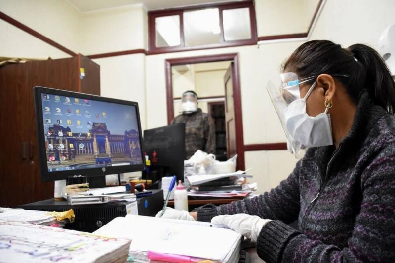 Servir precisa condiciones para el retorno de trabajadores públicos al trabajo presencial
