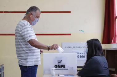 ONPE: Es delito publicar el voto y obligar a sufragar en un sentido u otro