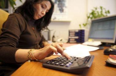 mujeres salario peru