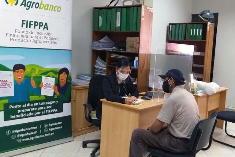 Bancarización: el 92% de clientes de Agrobanco obtuvo un préstamo por primera vez