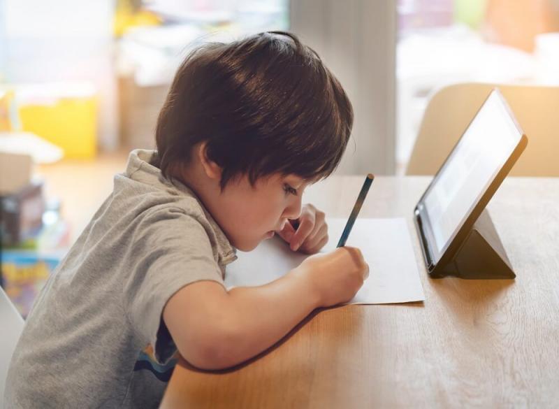 El 84% de padres peruanos a favor de un modelo de aprendizaje mixto