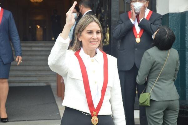 María del Carmen Alva elegida presidenta del Congreso para el periodo 2021-2022