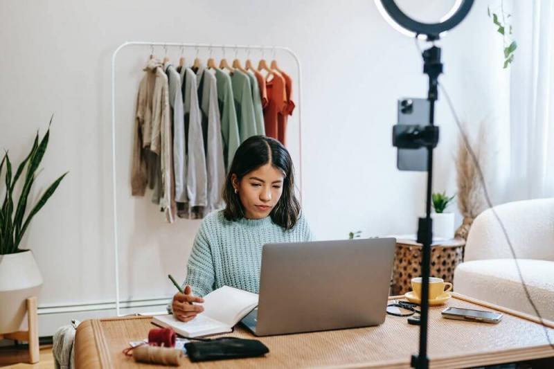Emprendedor: claves para potenciar tu negocio en redes sociales