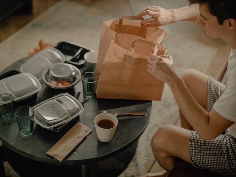 Lo que debes saber si vas a abrir un negocio de comida por delivery