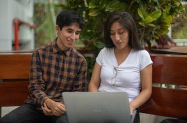 Redes sociales que ayudan a posicionar a los futuros profesionales