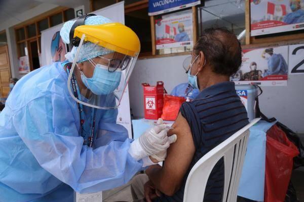 vacunacion peru horarios