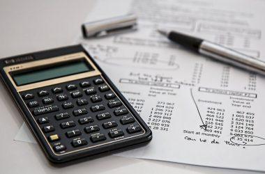 ¿Cuáles son los costos que debo considerar al emprender?