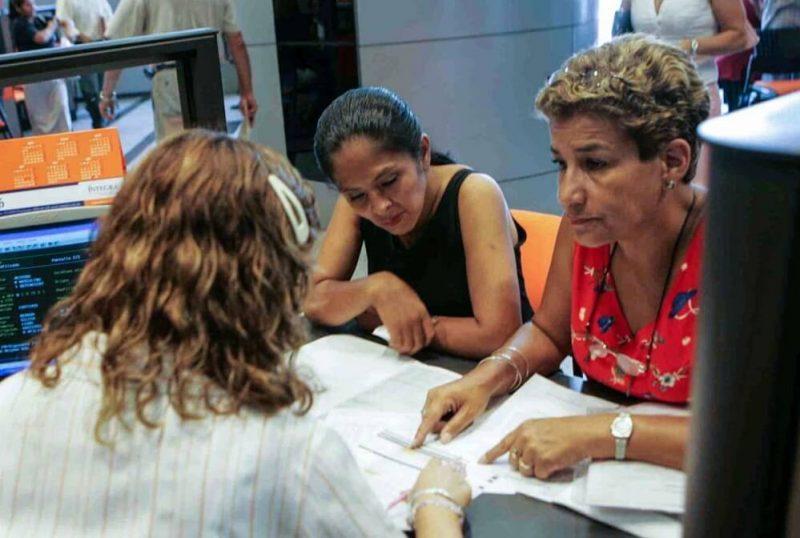 AFP: Congreso promulga ley que permite jubilación anticipada a los 50 años