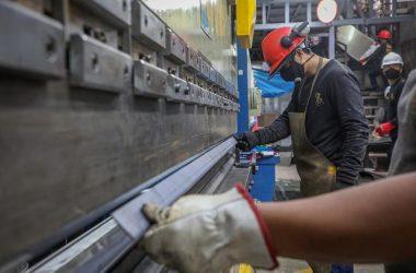 Actividad económica en Perú habría crecido cerca de 17% en julio