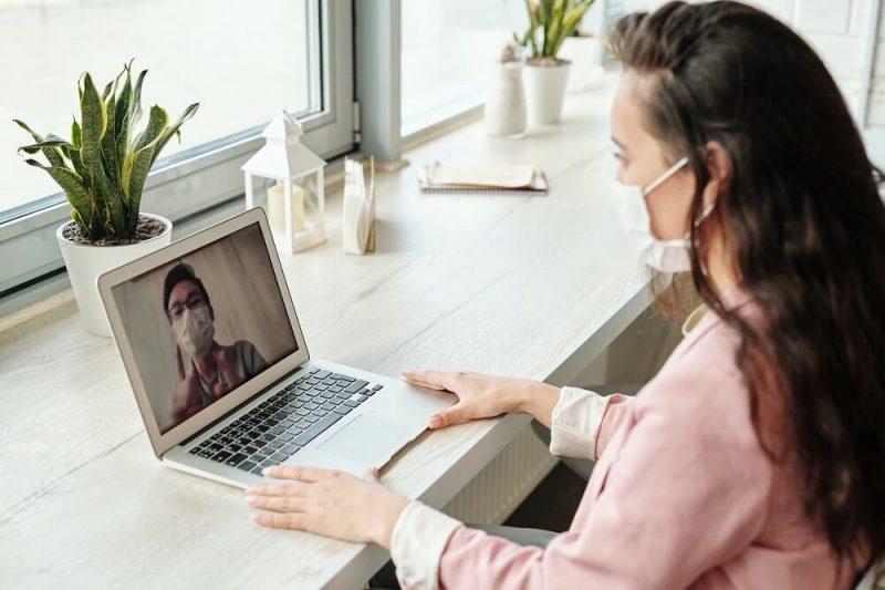 ¿Cómo motivar a los colaboradores que van a retornar al trabajo presencial?