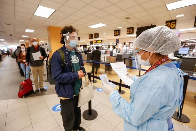 Covid-19: carné de vacunación no será obligatorio para ingresar al Perú