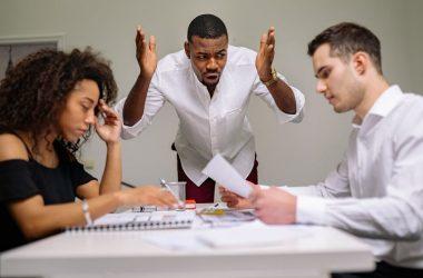 Por qué se producen los conflictos laborales y cómo prevenirlos