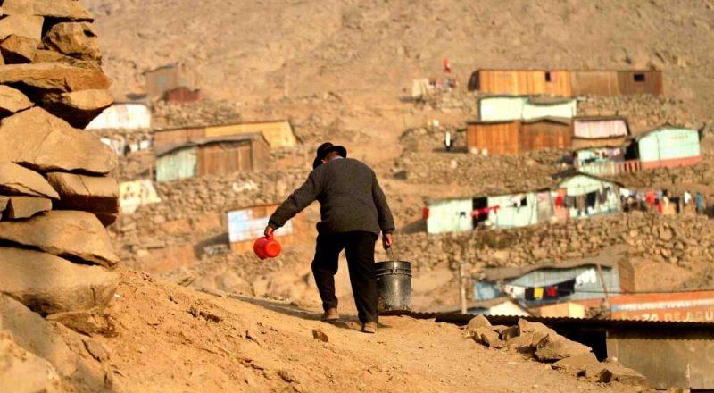 Mitad de la población mundial vive sin protección social, según OIT