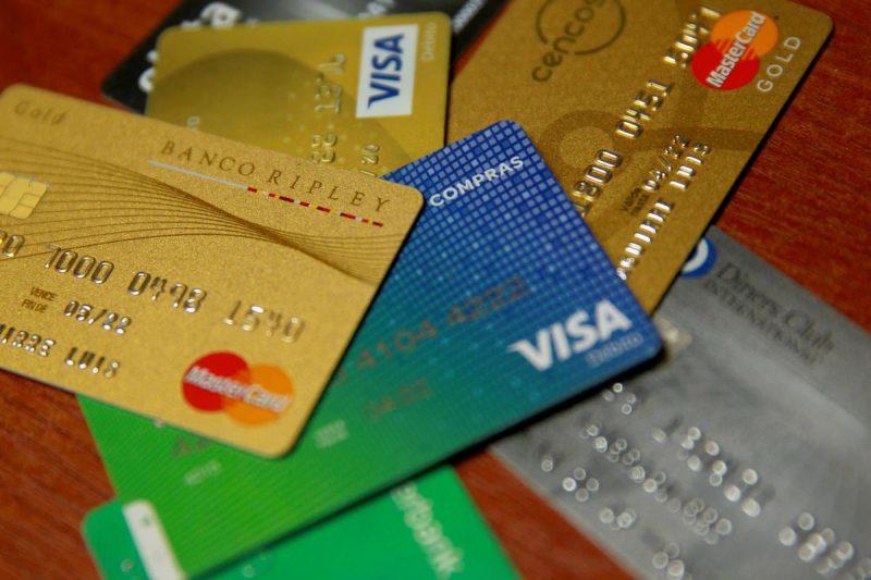 ¿Cómo hacer buen uso de la tarjeta de crédito y mantener un buen historial crediticio?