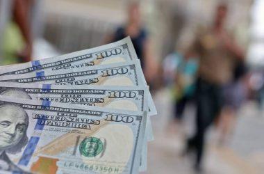 Dólar: cotización cae por quinto día consecutivo