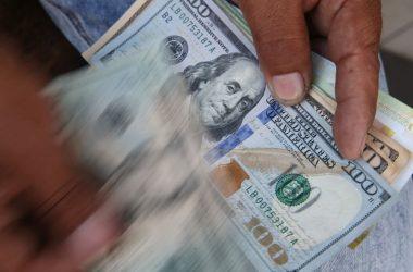 MEF: reducción del dólar es importante para reducir presión sobre los precios