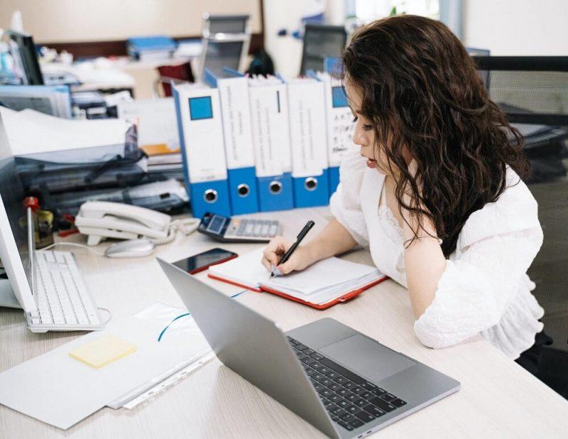 Más de 3000 emprendedores accederán a facturación electrónica y gestión de ventas