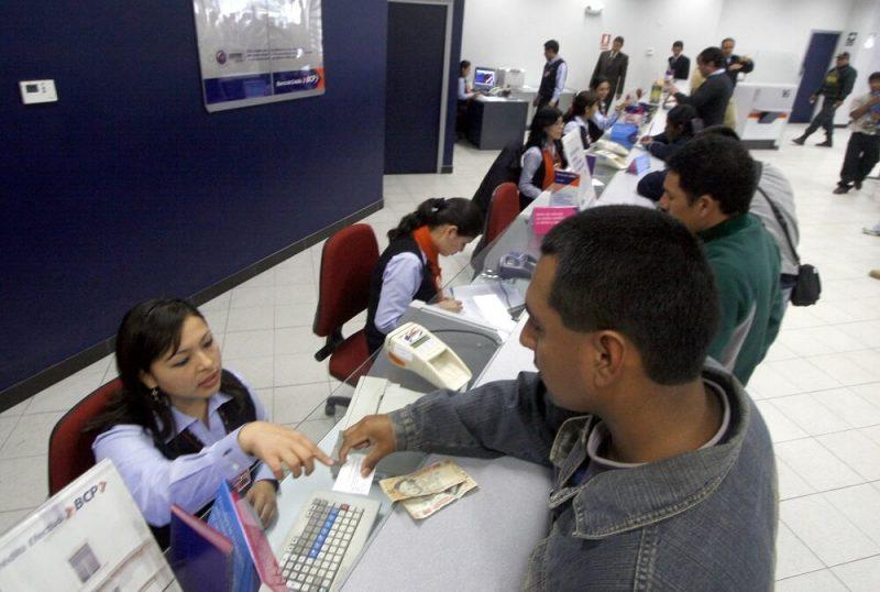 Número de morosos en el sistema financiero baja a 788,000
