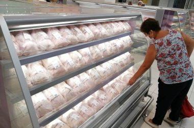 El 87% de peruanos ya hace lista de compras y trata de no salirse de ella