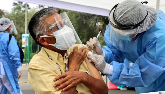vacunacion 8 octubre feriado